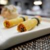 La nostra cena da Daniel negli scatti di Tanio Liotta. S'inizia con Cannolo di polenta con baccalà e spezie mediterranee. Buonissimo