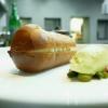 Babà al rhum, ricotta di pecora dolce e salata, gelato di pistacchio salato, melograna e pistacchio