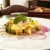 Altra novità, piatto fresco ed estivo: Ceviche al mango, gelato di coriandolo, polvere di cavolo nero