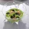 Spuma di aglio da taglio, maionese di ortiche, alghe, tarallo sbriciolato, garusoli: piatto fantastico