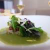 Lattughino, olive, semi di zucca, insalata liquida e fettunta