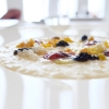 Molto buono ilRisotto all'acqua, uovo e uova, con caviale iraniano Oscietra, bottarga di muggine greca, ricci di mare, caviale di lumaca, tuorlo d'uovo grattugiato