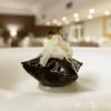 Calamari, air bag al nero di seppia, crema al bergamotto