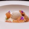 Panforte in due consistenze, fichi secchi, albicocche, gelato all'amaretto e pesca (in crema, in carpaccio e sferificata)