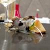 Dorso di cernia, topinambur (in emulsione e in petali croccanti), pesca e gocce di liquirizia: squisito