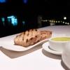 La nostra cena al Dattilo negli scatti di Tanio Liotta. Intanto, notevolissimo il pane (di farina da grano Senatore Cappelli) abbrustolito, da accompagnare con burro di olio Ceraudo