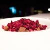 Cioccolato bianco Ivoire 35%, liquirizia, frutti rossi e aceto di lamponi: un grandissimo finale che richiamaun classico di Romito(l'aceto, la liquirizia, il cioccolato bianco), ma sa reinventarlo grazie alla freschezza della granita di frutti rossi