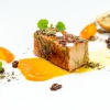 """Foie gras e scones, blend Sweet Rain (2015): questo, come gran parte dei piatti di Apreda, si caratterizza per i bland speziati, che derivano dalle tante esperienze dello chef in giro per il mondo (leggi anche:I Sapori di Viaggio di Apreda). Ha fatto parte del """"menu 10 anni"""""""