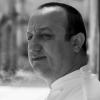 Ciccio Sultano, chef del ristorante Duomo di Ragusa Ibla, 2 stelle Michelin, nel 2015 ha aperto, sempre a Ragusa, I Banchi, tempio di cucina moderna siciliana