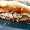 La pizza in teglia farcita con crema di topinambur, soppressata (coppa di testa, quella buonissima made in Toscana diRenieri) e scorza di limone diGraziano Monogrammi,La Divina Pizzaa Firenze