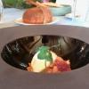 Sbrisolona salata alle mandorle e mele, gel di gin, pomodorinipassiti e gelato al bitto dop, la ricetta di Tommaso Arrigoni