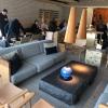 Relax finale nella lounge accanto alla sala del ristorante, molto più ampia e luminosa di prima