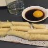 Tempura di asparagi con salsa mirin e tuorlo d'uovo