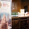 I main sponsors di Identità New York danno il benvenuto agli ospiti della cena in Birreria: Grana Padano, Acqua Panna e S.Pellegrino, Lavazza, Mirafiore Fontanafredda e Monograno Felicetti