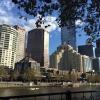 Dopo tre giorni a guardare Melbourne dalla sponda sud del fiume Yarra, ecco com'è la stessa south bank da quella opposta