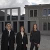 Antonella, Francesca e Manuela Lavazza davanti al Museo Lavazza (foto Alessandro Albert)