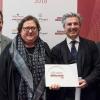 Giovane famiglia.Angelo Cremonini di Olitalia premiaValeria Piccini, Andrea e Maurizio Menichetti,Da Caino - Montemerano (Grosseto)