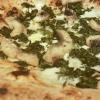 Simone Lombardi,Dry, Milano  Pizza anguilla al cartoccio, cime di rapa e provola affumicata - Un piatto dalla prevalente nota affumicata data dalla cottura dell'anguilla nel forno a legna. Le cime di rapa ne risaltano: sapidità, grassezza e tendenza amarognola