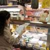 Far la spesa con la lista ingredienti indicata dagli chef