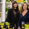 Frantoio Sommariva- Il Frantoio Sommariva produce da oltre 100 anni olio extravergine d'oliva da olive della varietà Taggiasca, Pignola, Merlina e Colombaia, coltivate nell'azienda agricola di famiglia in Liguria. Nell'azienda, a conduzione biologica dal 1972, si producono inoltre basilico, rucola, carciofi e pomodori che, nel laboratorio di famiglia, sono trasformati in ottimo pesto genovese con basilico Dop, olive in salamoia, varie salse e conserve