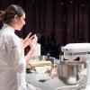 Con i suoi piccoli elettrodomestici, KitchenAidha supportato il talento e la passione degli chef di Identità Golose ma anche di tutti gli appassionati di cucina che desiderano raggiungere a casa gli stessi risultati di alto livello. Prestazioni professionali, alta qualità manifatturiera e design iconico da sempre contraddistinguono il marchio