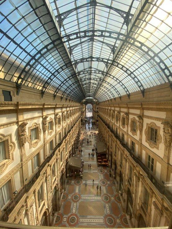 La vista sulla Galleria più famosa di Milano dall'hotel Vik Gallery
