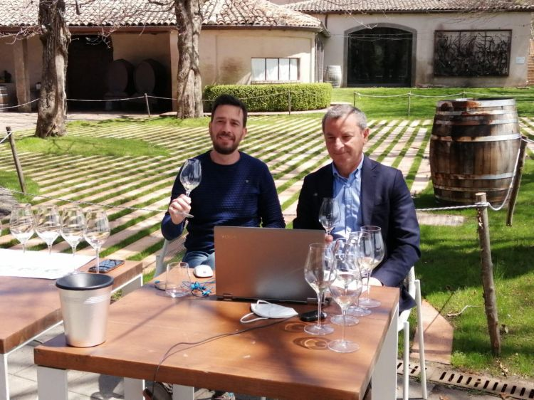 L'enologo Marco Nicolosi con il direttore Maurizio Lunetta