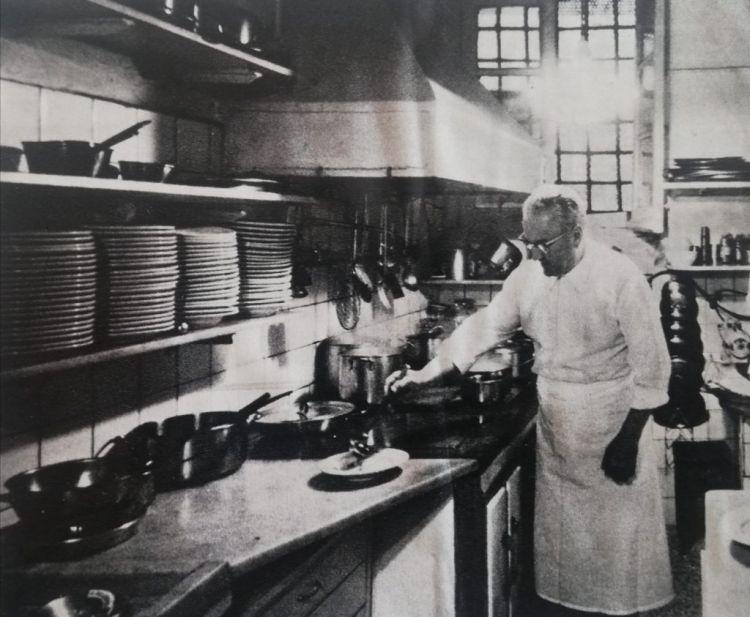 Nino Bergesein the kitchen of La Santa, in 1966, photo by William M. Zanca