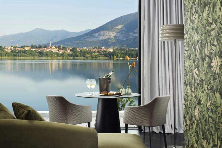La vista sul lago di Annone