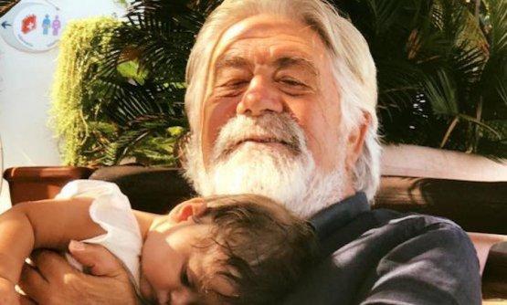 Papà Riccardo, che ora è anche nonno