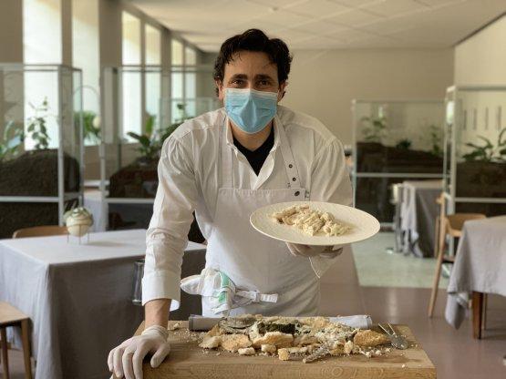 Daniel Canzian prepara il suobranzino al sale