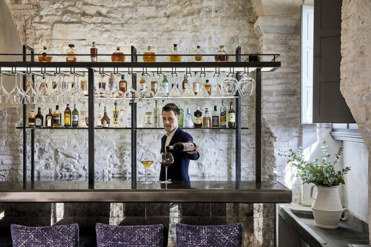 Il Bar La Taverna, Castello del Nero