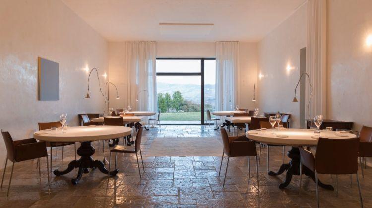 La sala del ristorante Reale
