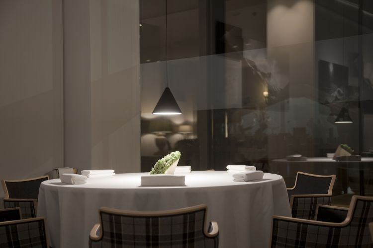 The dining room atPetit Royal, the gourmet restaurant inside theGrand Hotel Royal e Golfin Courmayeur (Aosta)