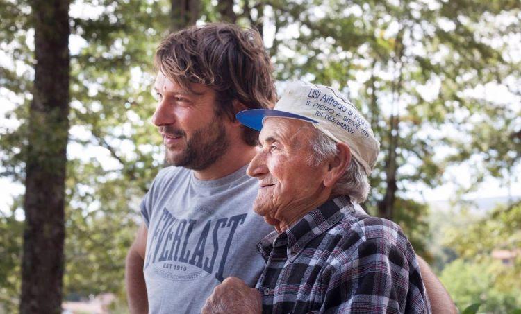 Simone Menichetti con uno dei suoi zii