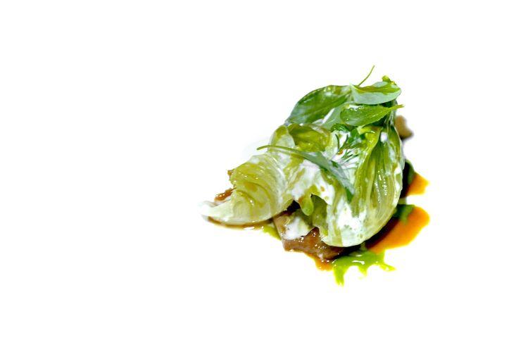 E ancor di più questa Pancia di agnello, mais, lattuga e aringa, piatto perfetto
