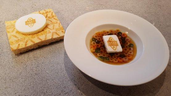 Minestra di pasta e verdure con meringa di Grana Padano,Andrea Berton