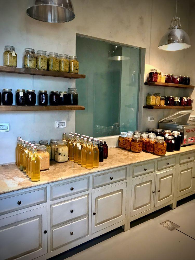 Il laboratorio di fermentazione del Meo Modo (foto Tanio Liotta)