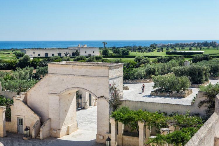 L'ingresso di Borgo Egnazia (foto di Leonardo D'Avanzo)