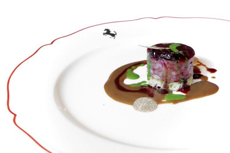 Cotechino alla Rossini: foie gras, pan brioche, marasche e tartufo nero