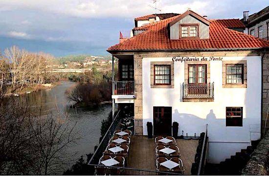 Confeitaria da Ponteand its exceptional pastries, in Amarante