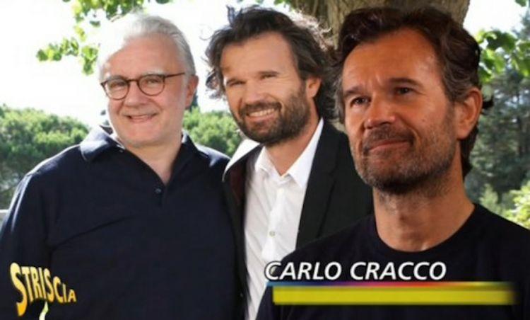 Un simpatico fermo immagine della puntata che a Striscia ha avuto per protegonista Carlo Cracco, qui con Alain Ducasse