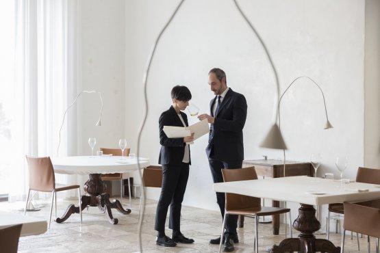 Cristiana Romito e Gianni Sinesi al lavoro (foto Barbara Santoro)