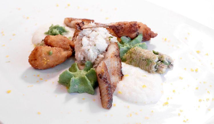 Il nostro mare, ossia anguilla marinata, pesce gatto con la cipolla, coscette di rane fritte, luccio alla farnese
