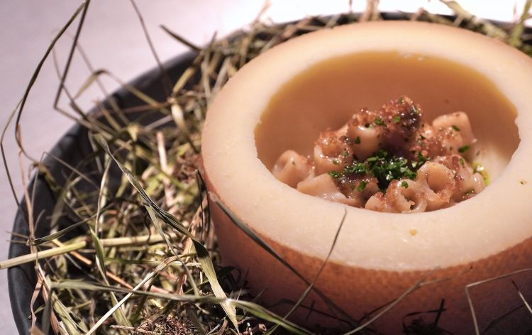 A very intriguing Spelt gricia, Tête de Moine, oil with chives, parsley and jowl bacon
