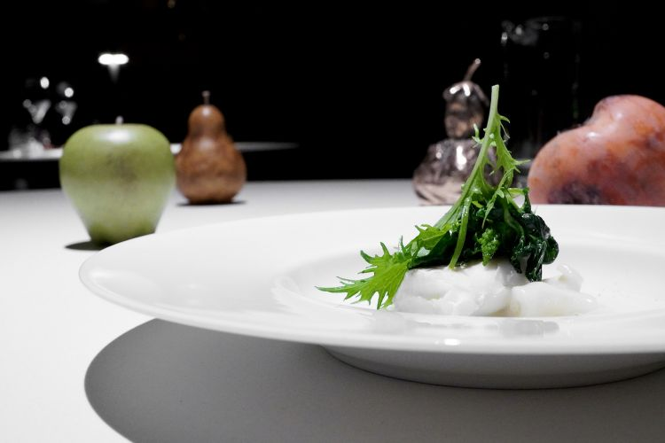 Merluzzo e baccalà, con beurre blanc, farinelli, trippa di merluzzo e salsa di baccalà. Dritto, pulito, un assaggio di amara delicatezza