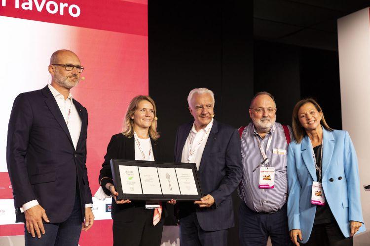 Alain Ducasse, in the centre, and with him left to right Xavier Alberti,Carole Pourchet, Paolo Marchiand Cinzia Benzi