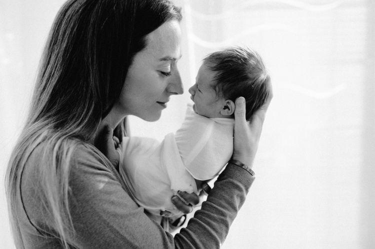 Eleonora Galimberti riesce a coniugare con successo la vita di mamma con quello di esperta di comunicazione digitale