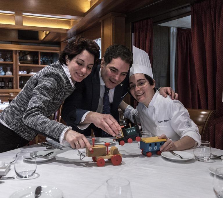 I fratelli Moro: Elisa e Aldo, sommelier e maître del ristorante Aldo Moro, e la chef Silvia