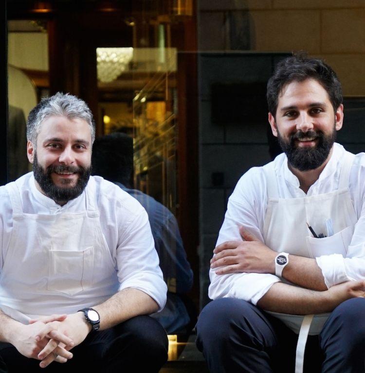 Giuseppe Lo Iudice, chef del ristorante Retrobottega di Roma, premiato da Paola Jovinelli, Presidente de l'Arte del Convivio